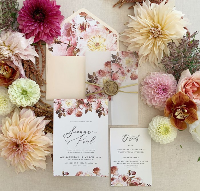 Blissful-Blooms-invitation
