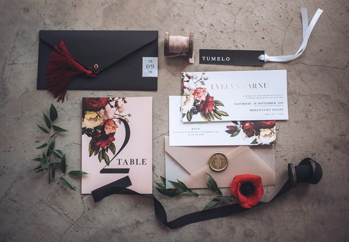 Dark-Botanical-invite-Splendid-Workshop