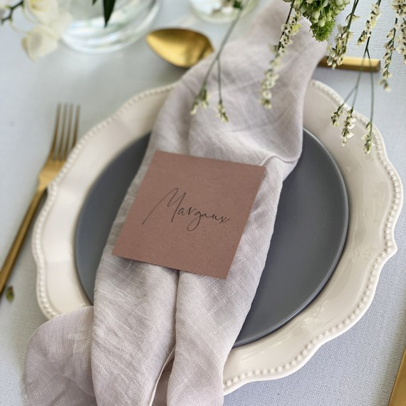 Casual-Chic-Place-Card