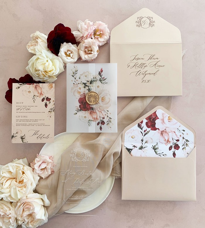 Festive-Fairytale-invitation