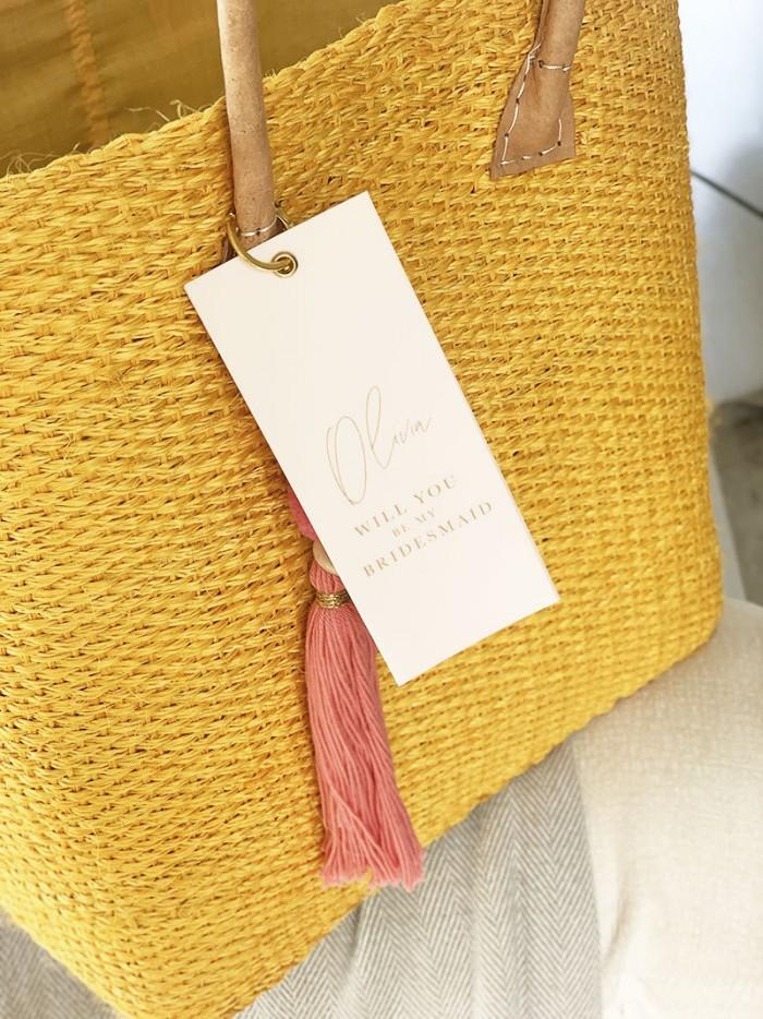 Bridesmaids-gift-basket
