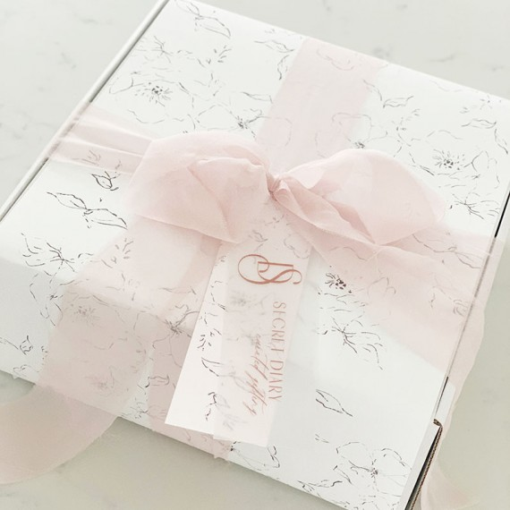 Curated-Gift-Box-02