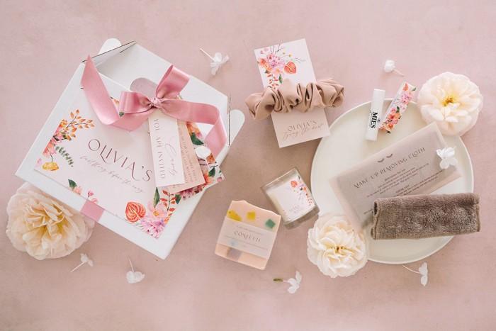 Olivia-Gift-Box